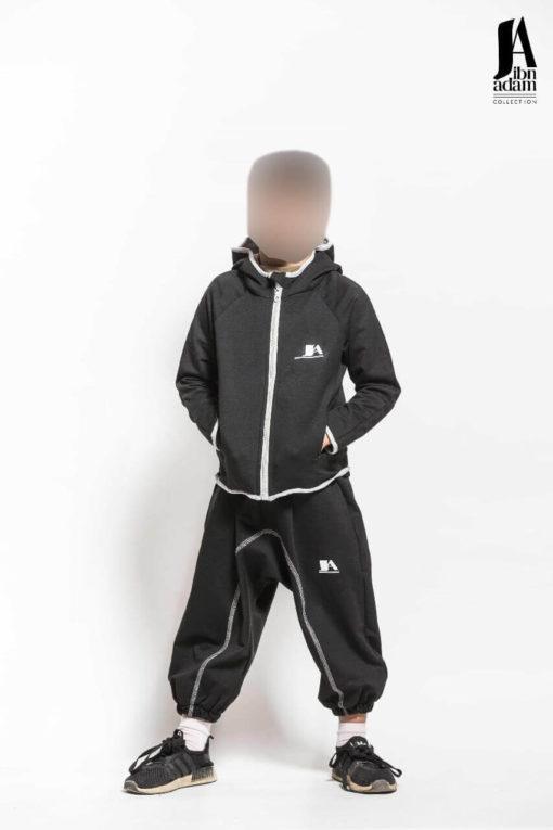 ensemble-jogging-enfant-noir-ibn-adam-face